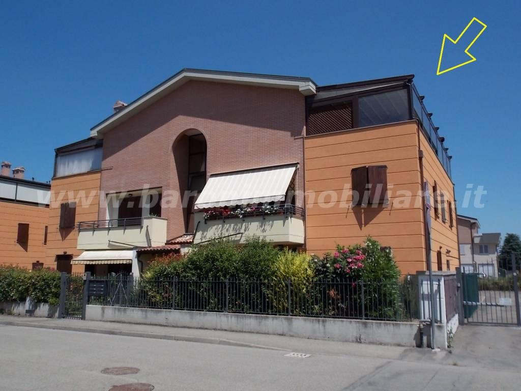 Appartamento in ottime condizioni in vendita Rif. 8490920