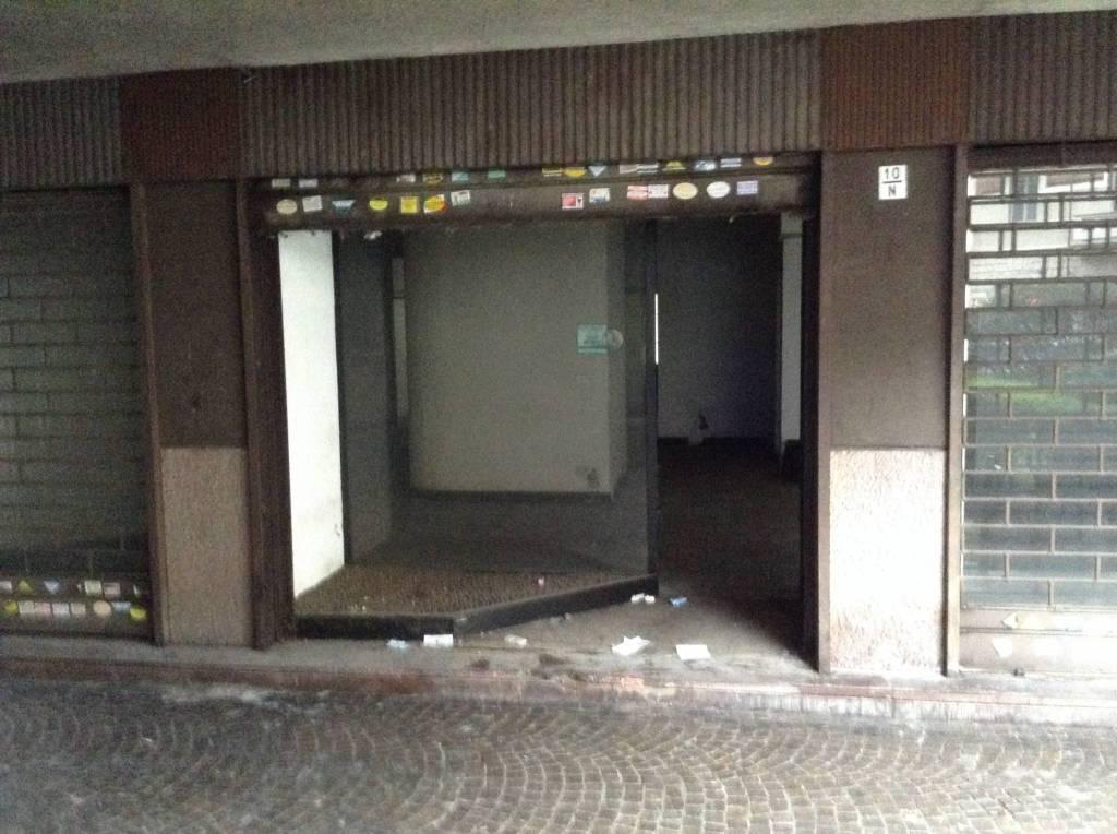 Negozio in vendita Zona Cenisia, San Paolo - via Frejus 10 Torino