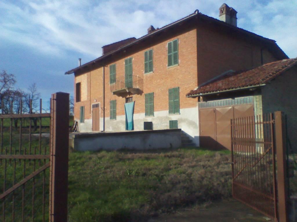 Foto 1 di Rustico / Casale Regione Molino Madonna, frazione Montiglio, Montiglio Monferrato