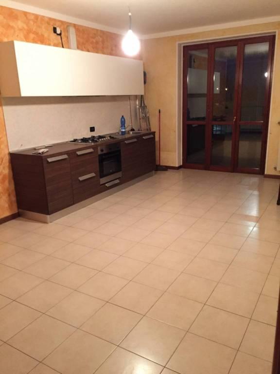 Appartamento in ottime condizioni parzialmente arredato in affitto Rif. 8493260