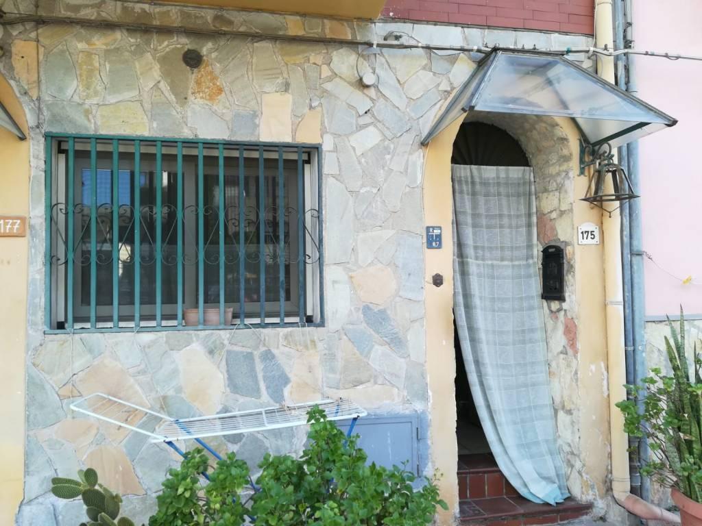 Appartamento in vendita via Principe di Palagonia 175 Palermo