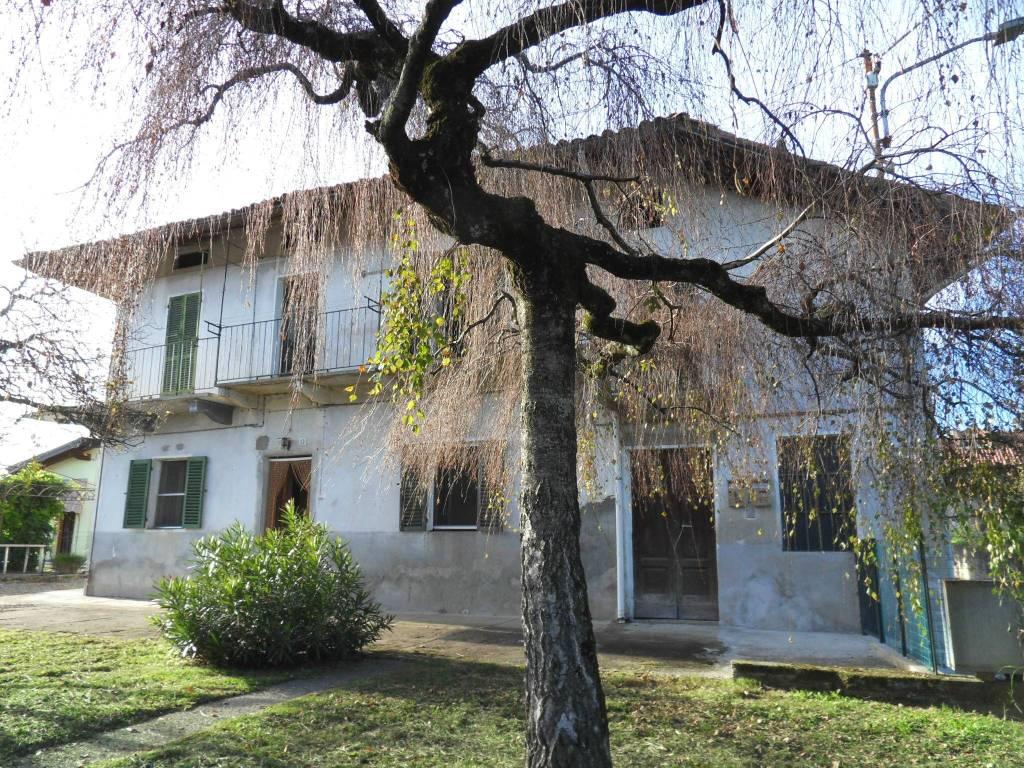 Villa da ristrutturare in vendita Rif. 8489700