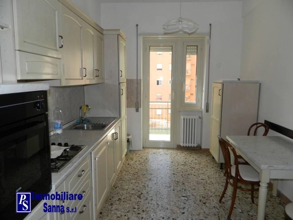 Appartamento in ottime condizioni in affitto Rif. 8476892