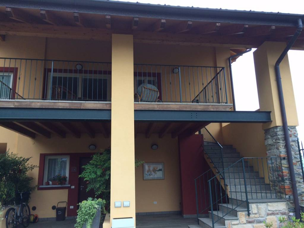 Appartamento in ottime condizioni arredato in affitto Rif. 8495350