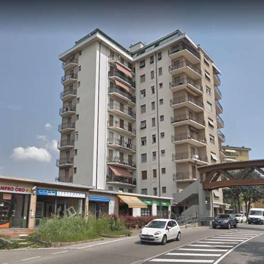 Appartamento in buone condizioni in vendita Rif. 8496282