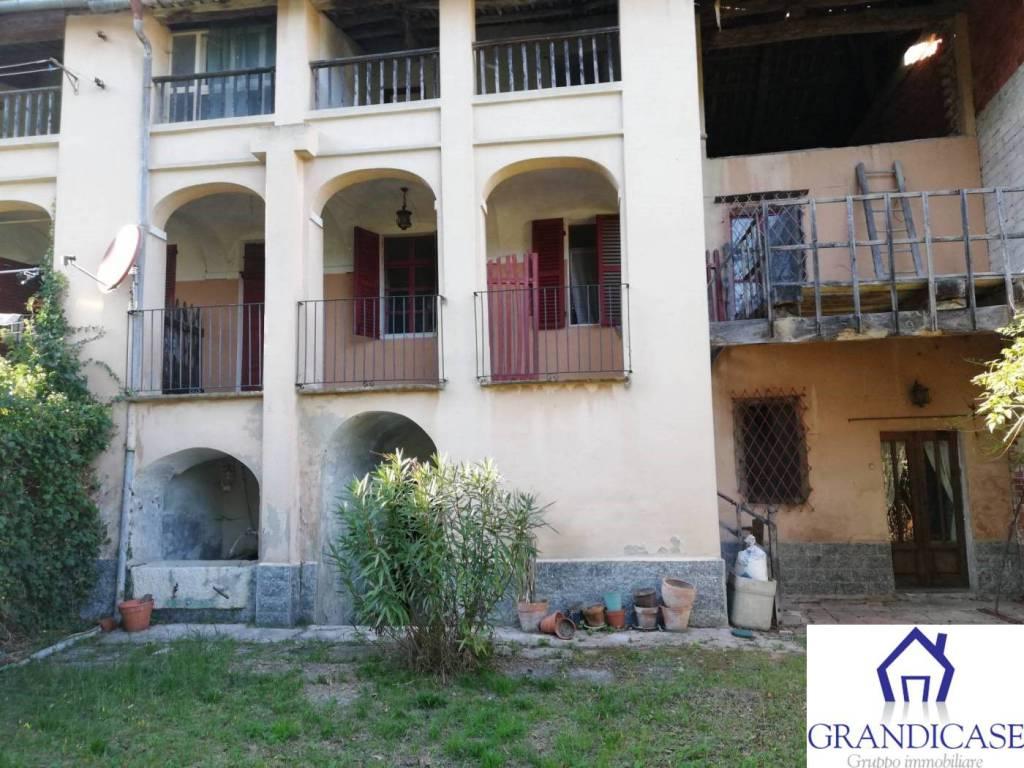 Casa Indipendente da ristrutturare in vendita Rif. 8185347