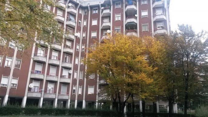 Appartamento in buone condizioni in vendita Rif. 8640961