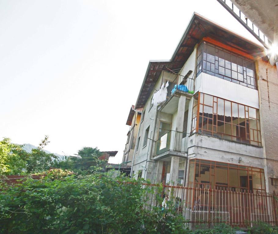 Casa Indipendente in buone condizioni in vendita Rif. 8493235