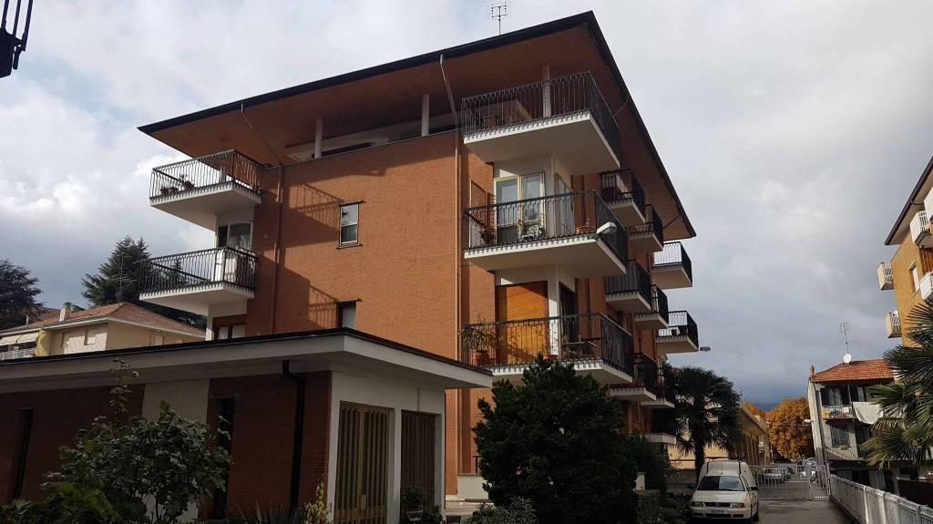 Appartamento da ristrutturare in vendita Rif. 8491188