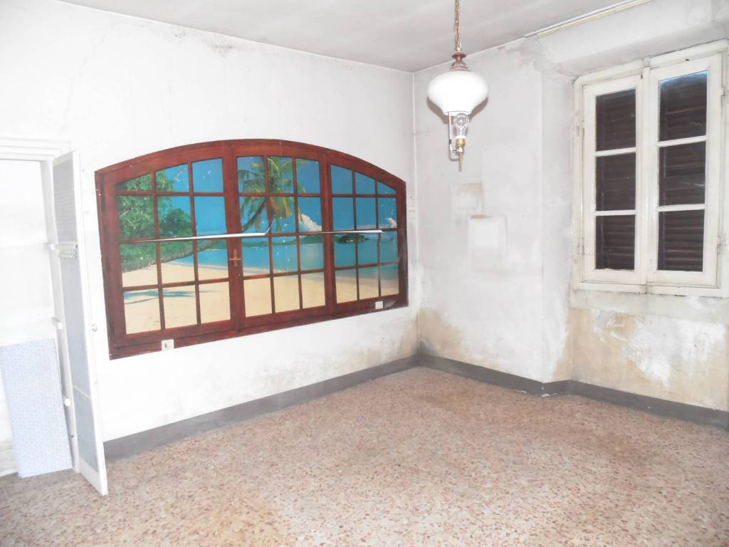 Casa Indipendente da ristrutturare in vendita Rif. 8491199
