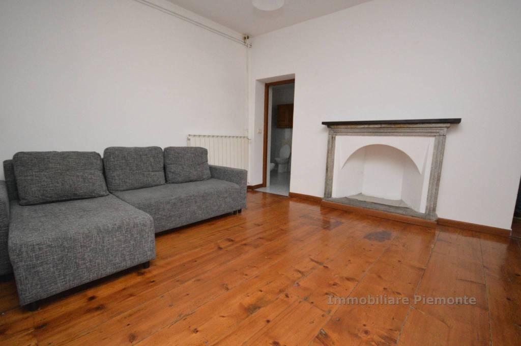 Appartamento in buone condizioni arredato in affitto Rif. 8492168