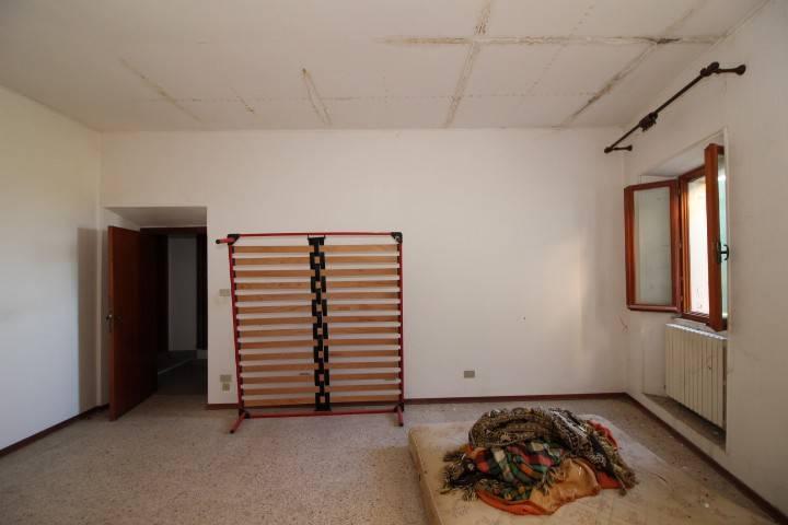 Belvedere Ostrense appartamento indipendente in centro