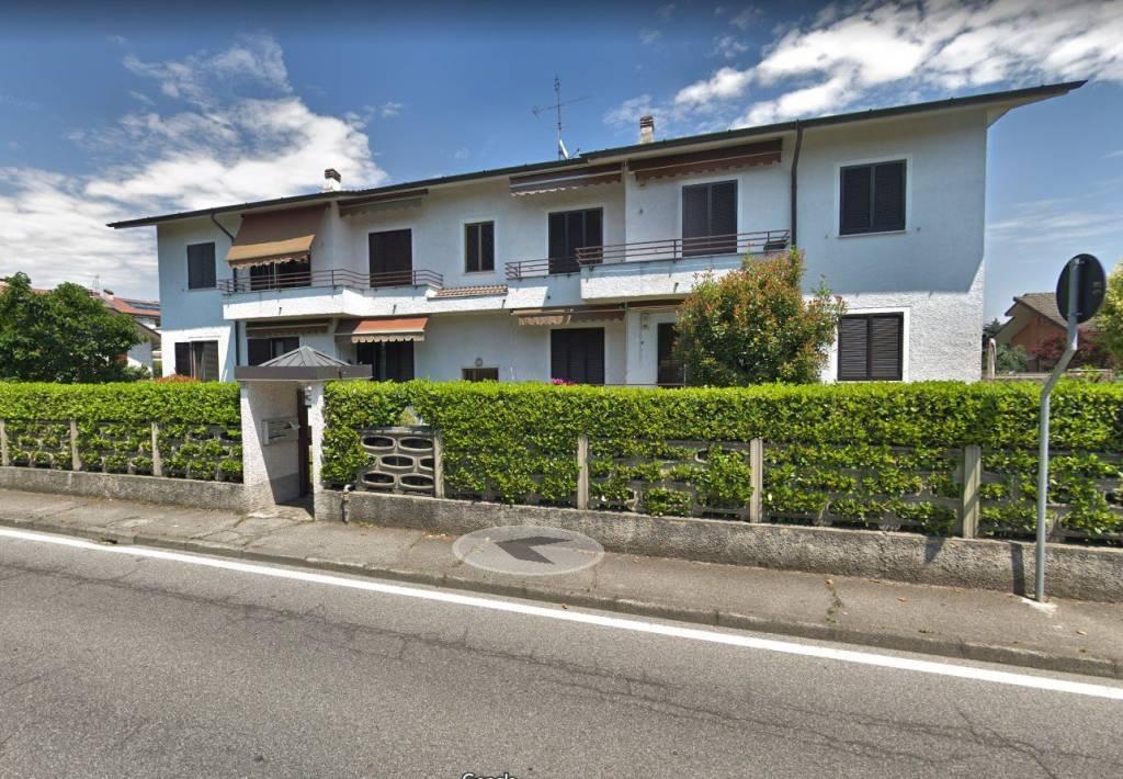 Appartamento in buone condizioni parzialmente arredato in affitto Rif. 8489654