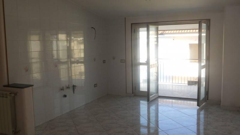 Attico / Mansarda in buone condizioni in affitto Rif. 8596329