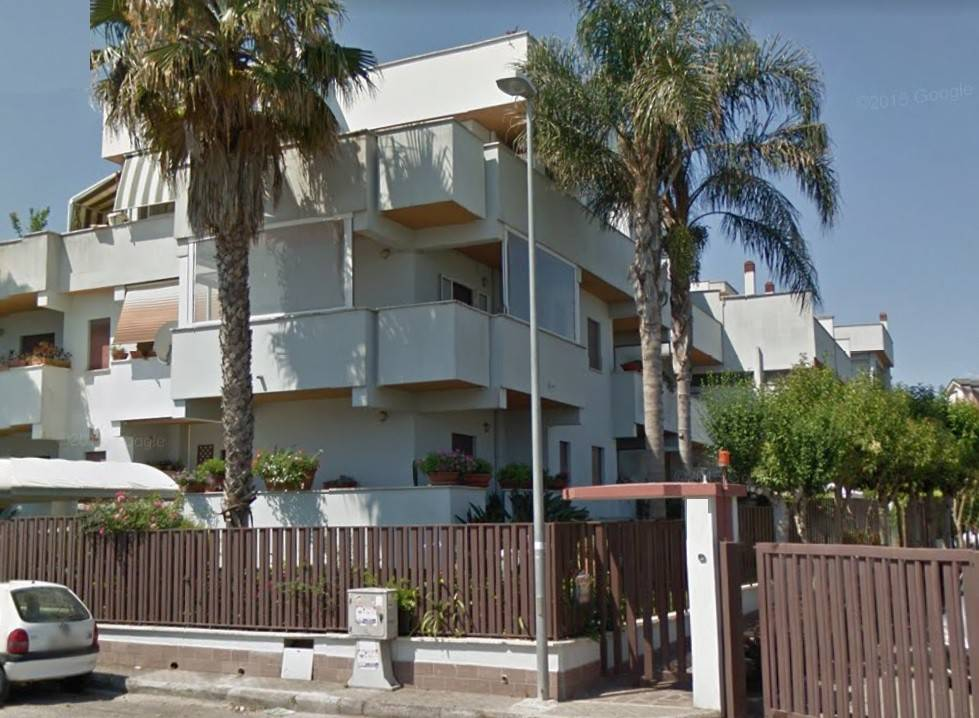 Santa Barbara ampio appartamento luminoso e tranquillo