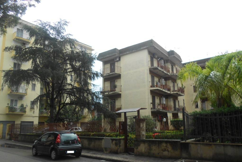 Appartamento in buone condizioni in vendita Rif. 8503516