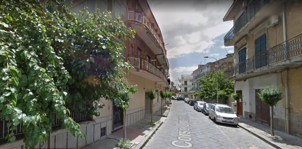 Appartamento in buone condizioni in vendita Rif. 8505204