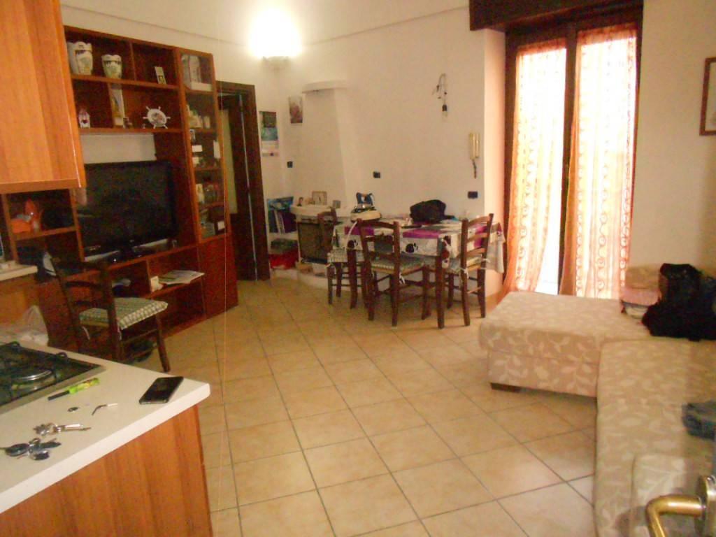 Appartamento in ottime condizioni in vendita Rif. 8503517