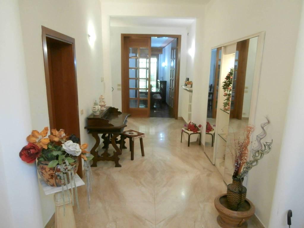 Casa Indipendente in ottime condizioni arredato in affitto Rif. 8509534
