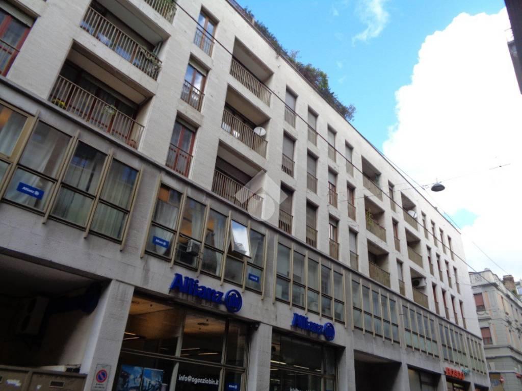 Appartamento in ottime condizioni arredato in vendita Rif. 9308746