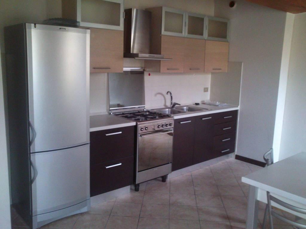 Appartamento in ottime condizioni arredato in affitto Rif. 8507818