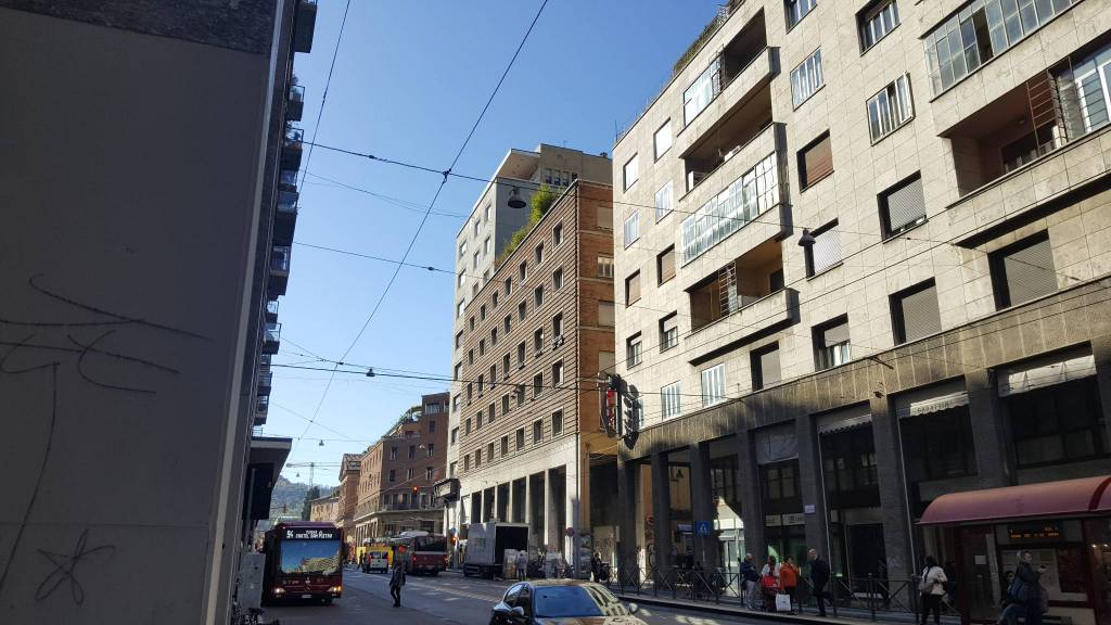 Appartamento in vendita 2 vani 63 mq.  via Guglielmo Marconi Bologna