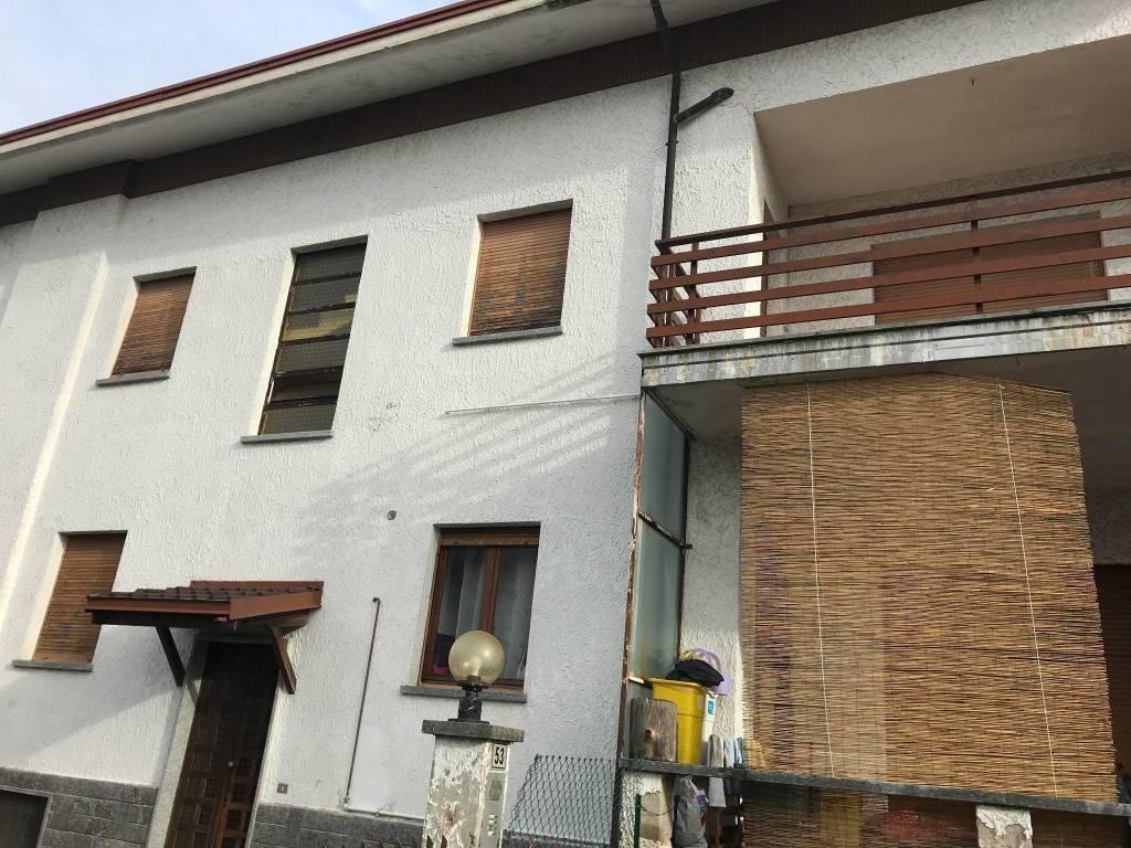 Appartamento in buone condizioni in affitto Rif. 8507807