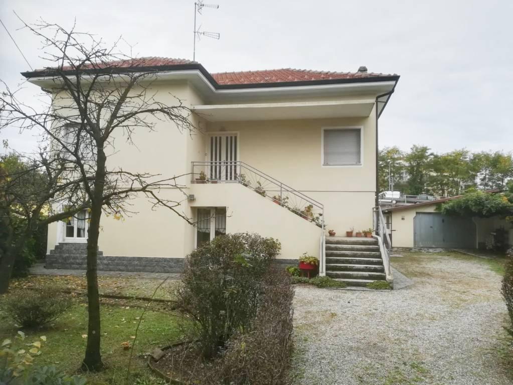 Villa in buone condizioni in vendita Rif. 8508543
