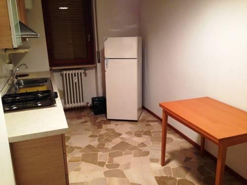 Appartamento in buone condizioni arredato in affitto Rif. 8506473