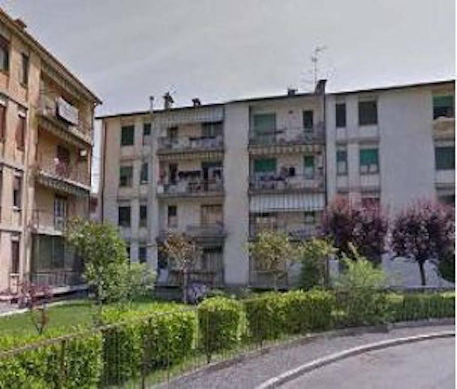 Appartamento in buone condizioni in vendita Rif. 8503223