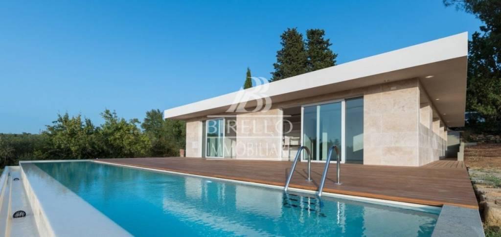 Villa in Vendita a Firenze Centro: 5 locali, 200 mq