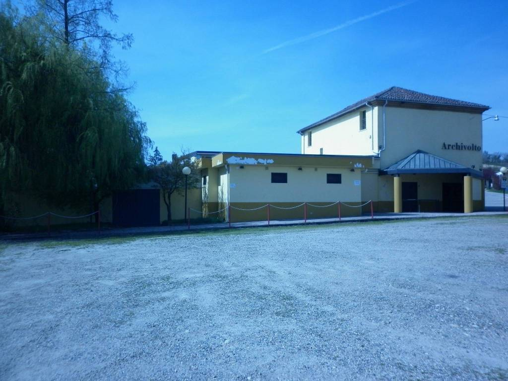 Palazzo / Stabile in vendita a Altavilla Monferrato, 6 locali, prezzo € 225.000 | CambioCasa.it