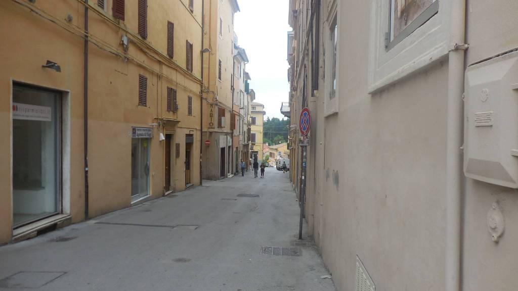 Bilocale in affitto corso Matteotti Jesi J37108