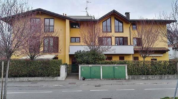 Appartamento in buone condizioni in vendita Rif. 8504565