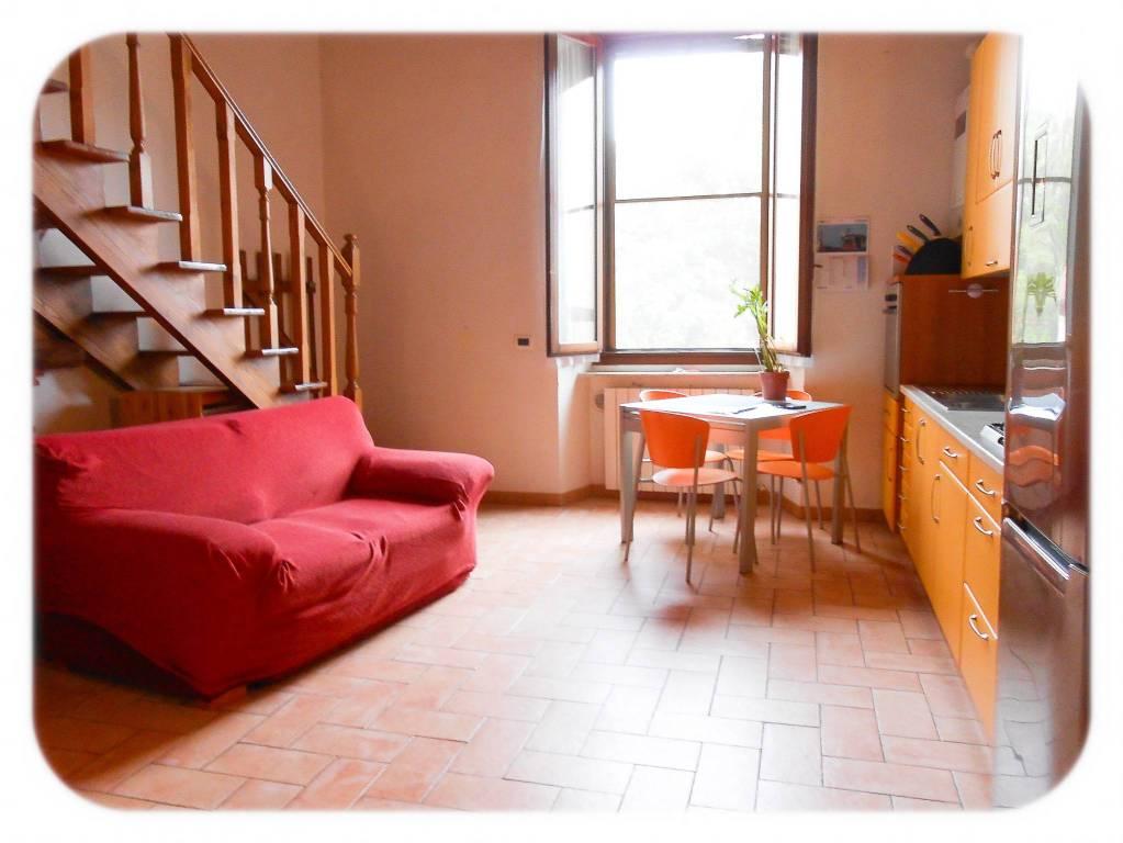 Appartamento in ottime condizioni arredato in affitto Rif. 8519757