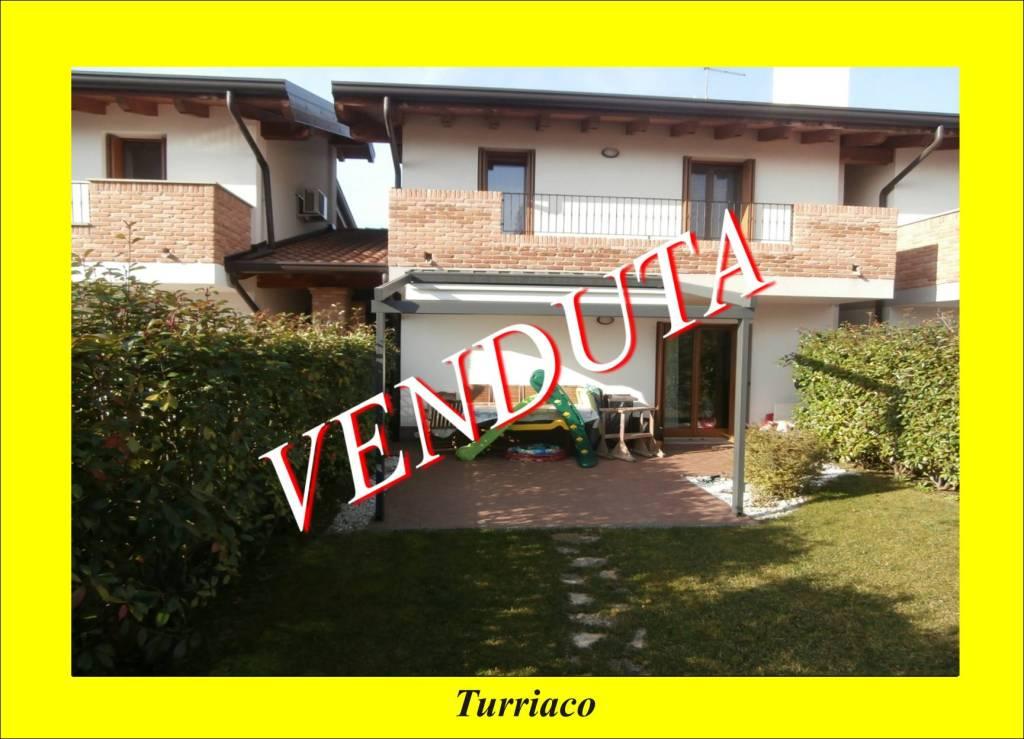 Villa in ottime condizioni in vendita Rif. 8521955
