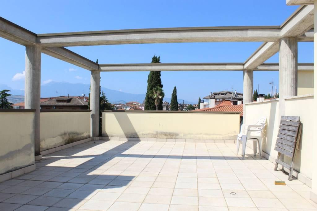 Appartamento quadrilocale in vendita a Colli del Tronto (AP)