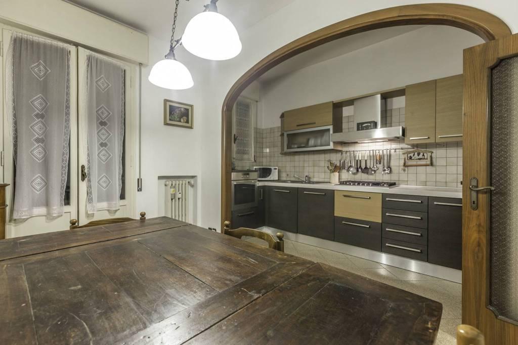 Appartamento in buone condizioni in vendita Rif. 8521426