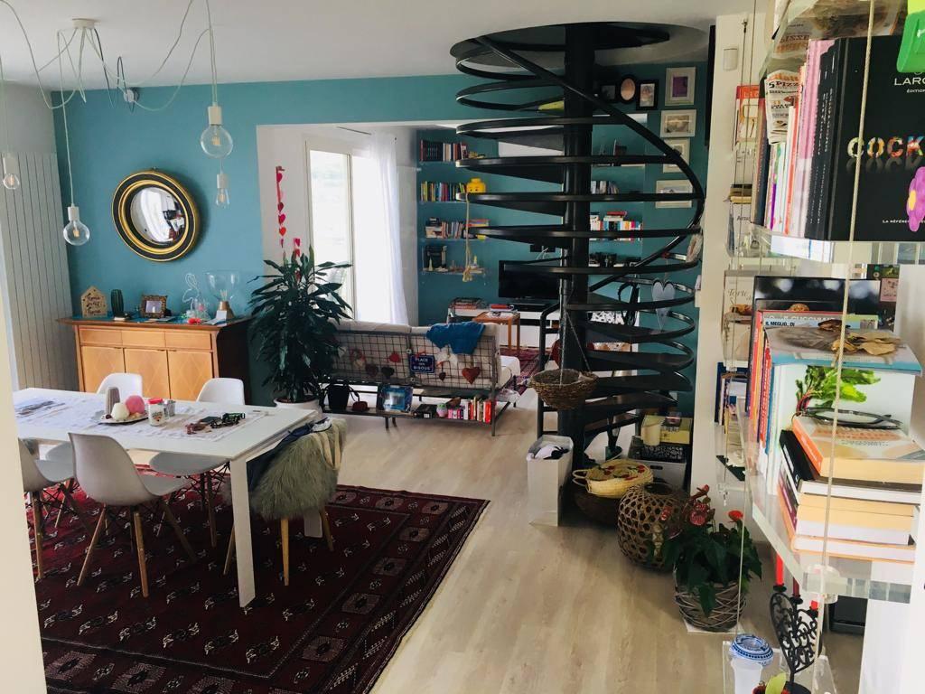 Appartamento in vendita a Vallebona, 5 locali, prezzo € 470.000 | CambioCasa.it