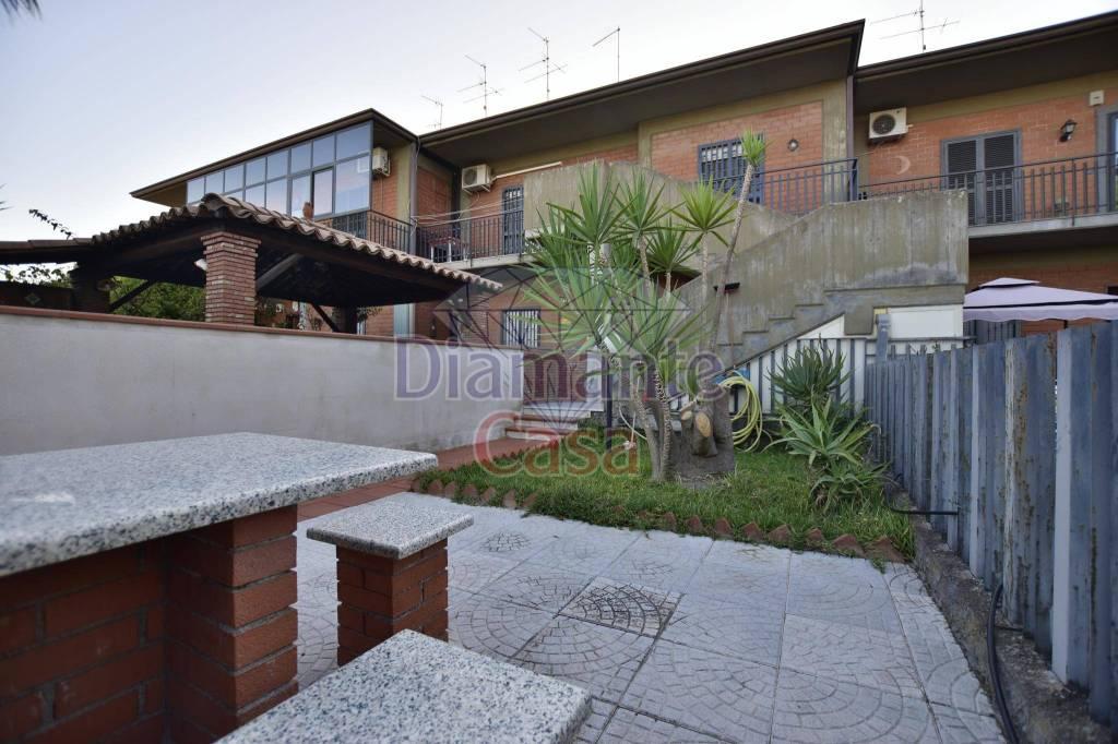 Villa in Vendita a Mascalucia Periferia: 3 locali, 90 mq