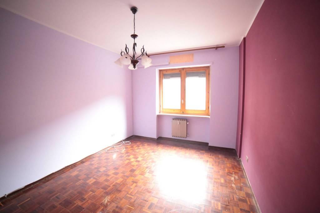 Appartamento in buone condizioni in affitto Rif. 8524248