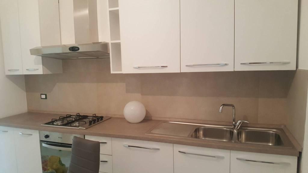Appartamento in Affitto a Pisa Centro: 5 locali, 160 mq