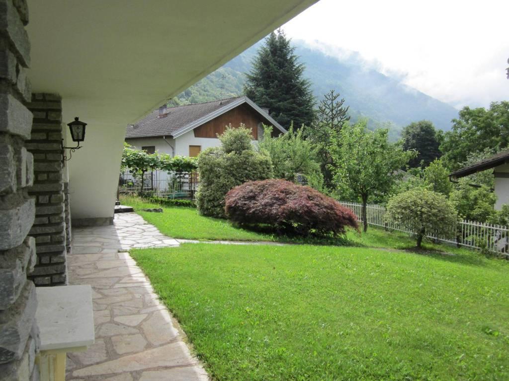 Foto 1 di Villa via Villaggio Aurora 11, Cantoira