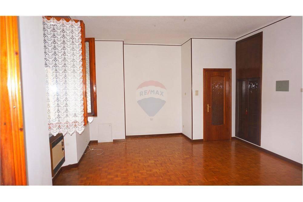 Appartamento in vendita a Manerbio, 2 locali, prezzo € 39.000 | CambioCasa.it