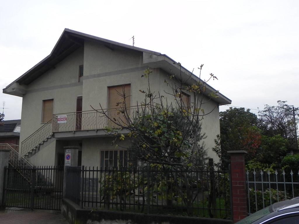 Villa in buone condizioni in vendita Rif. 8518856