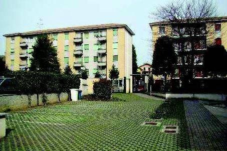 Appartamento in buone condizioni in vendita Rif. 8640984
