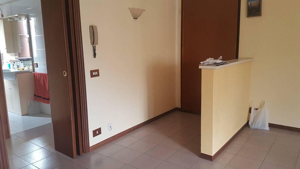 Appartamento in ottime condizioni in vendita Rif. 8521862