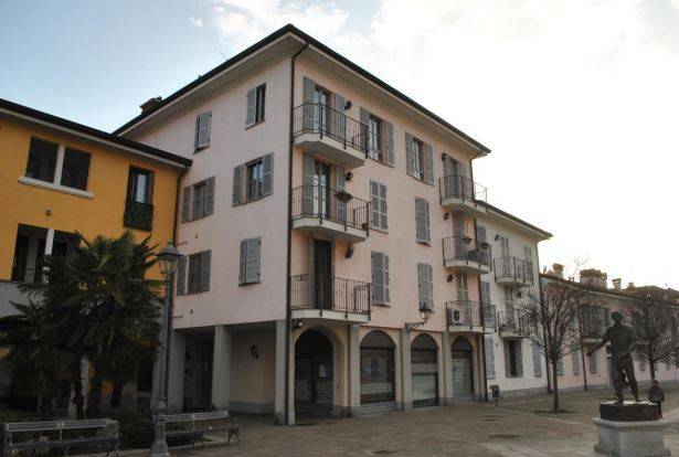 Appartamento in buone condizioni in vendita Rif. 8640989