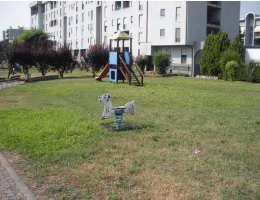 Appartamento in buone condizioni in vendita Rif. 8640990