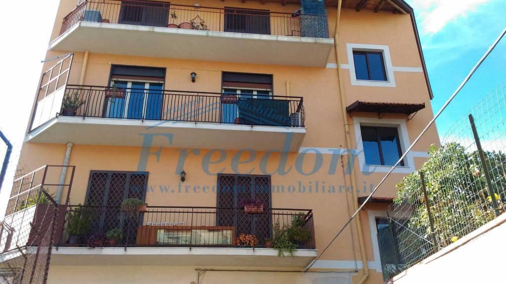 Appartamento in Vendita a Catania Periferia: 2 locali, 65 mq
